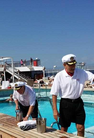 Pooldeck Queen Elizabeth.  Foto: Cruise.no