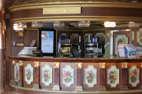 Viennese Café, Carnival Freedom.