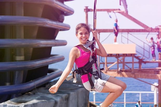 Zipline Norwegian Getaway, Norwegian Cruise Line