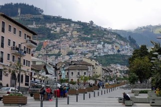 quito-by-3